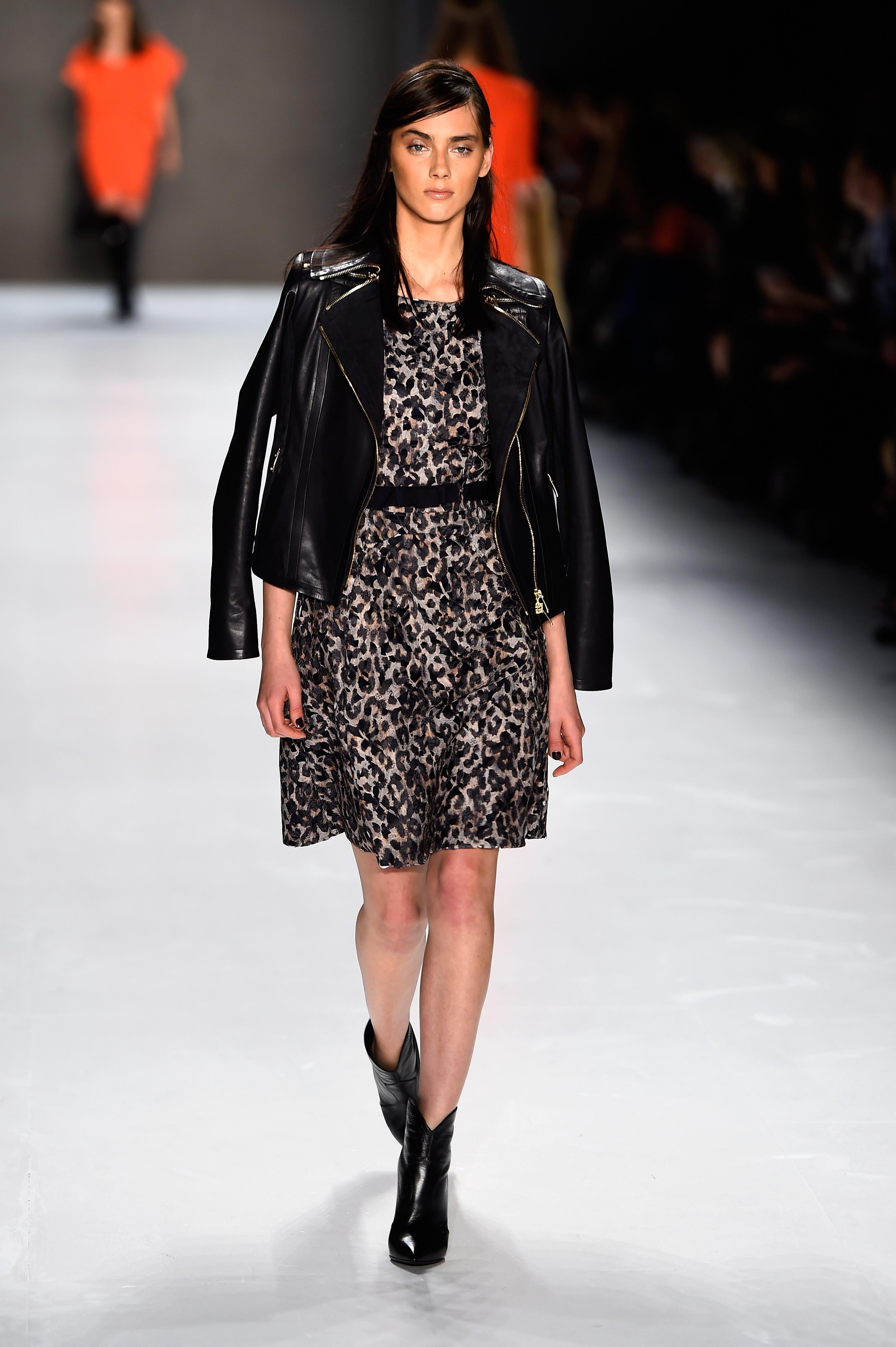 paris fashion week aw 2015 dates autos post. Black Bedroom Furniture Sets. Home Design Ideas