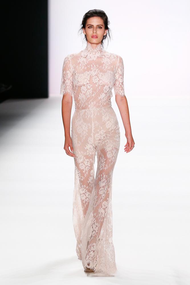 Fashion trend 2017 ss - Lana Mueller Spring Summer 2017 Mbfw Berlin Pret 224