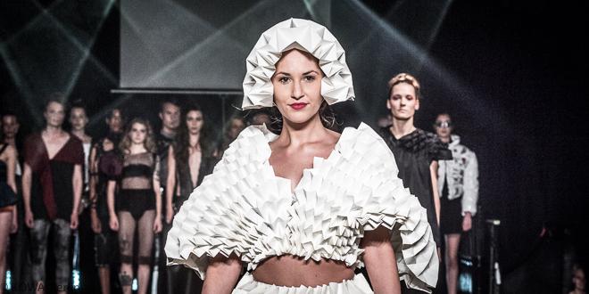 INTWO – Modenschau des 4. Semsters Modedesign der HTW Berlin