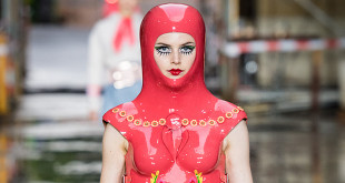 GNTM 2019 Marina Hoermanseder Outfits Runway in L.A.